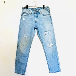 Levi's 501 Tapered